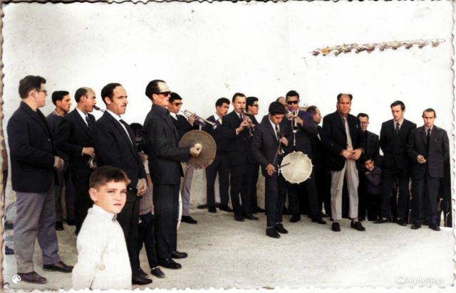 banda1-Colorized